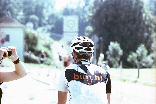 Radrennfahrer wird fotografiert