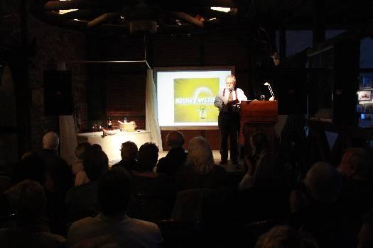Publikum auf der Autoren-Show