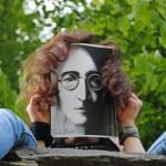 Inspiration einer Künstlerin: Karikatur John Lennon