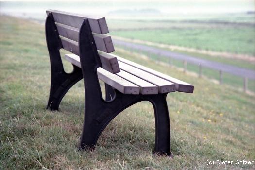 Sitzgelegenheit am Deich