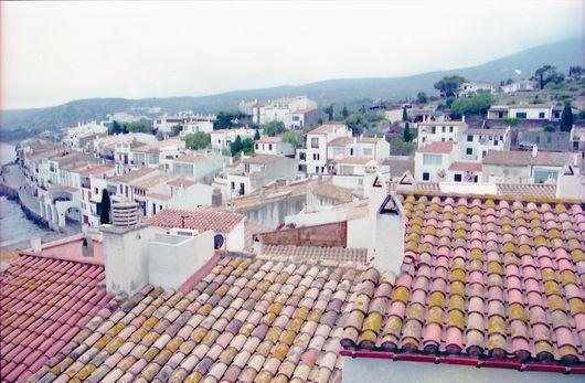 Über den Dächern von Cadaquez